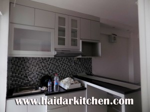 kitchen set Minimalis Duco Appartement Bassura